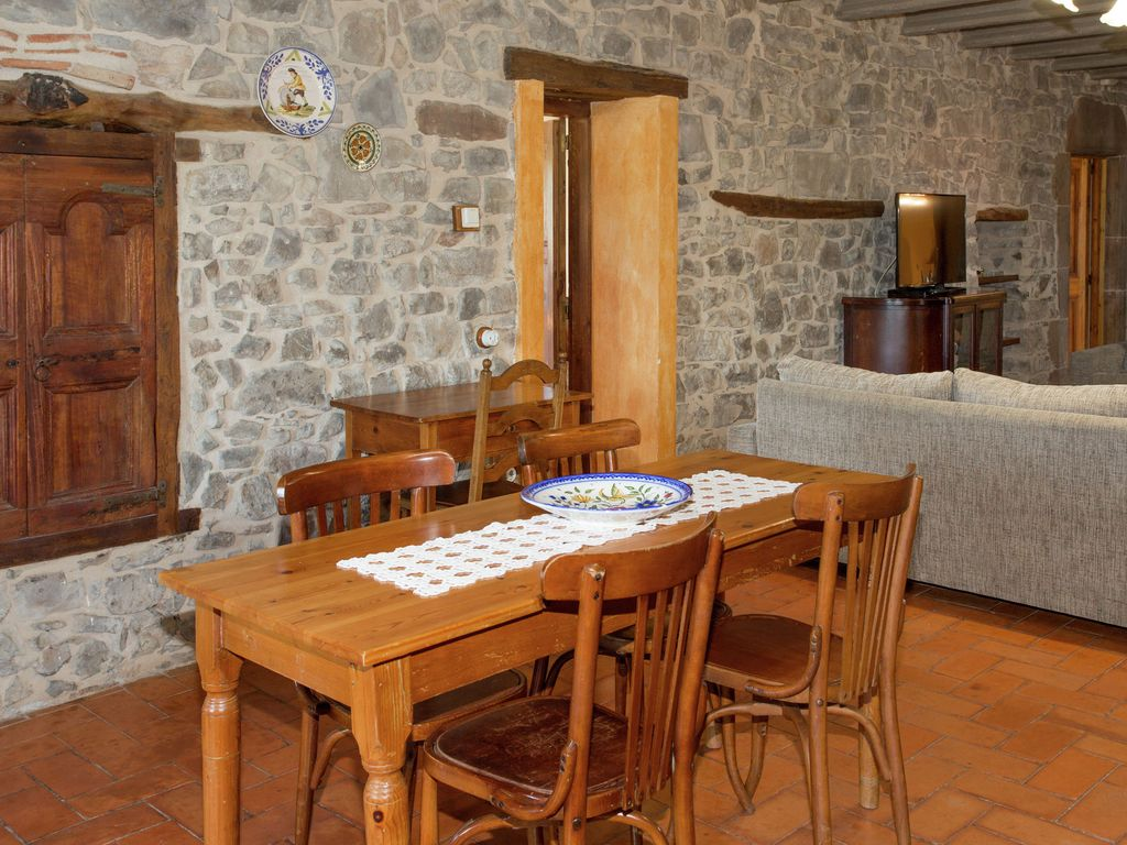 Property Image11 Rural 200 Year Old Farmhouse In Moia