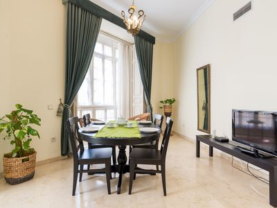 Photo for Heart Historic Center apartment in Centro with WiFi, air conditioning & lift.