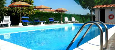 Photo for Comfortable apartment for 4 persons, garden, swimming pool