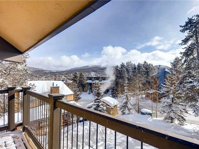 Photo for Spacious condo with granite counters and fireplace