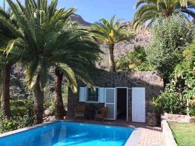 Photo for Cottage at the pool with large terrace
