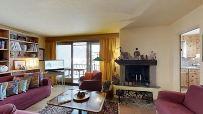 Photo for Sunny south facing 4½-roomed apartment on the first floor, ca.