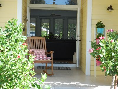 Photo for Primrose Cottage is a cute 3 bed Naples home 2 miles to beach