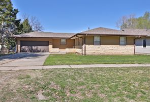 Photo for 3BR House Vacation Rental in Milford, Kansas