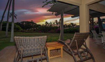 Large ocean-facing lanai - enjoy beautiful sunsets and the sound of the ocean!