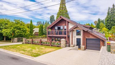 Photo for Mountain View Chalet | Central Wanaka