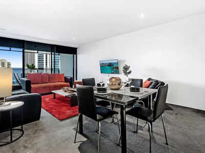 Photo for Heart of the City, Sleeps 5, Resort style accommodation