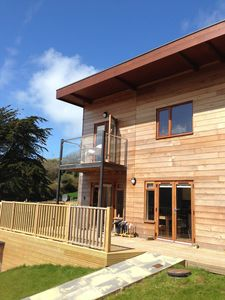 Photo for Contemporary 4 Bed House In Porthtowan, Walk to Beach