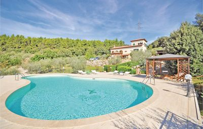 Photo for 5 bedroom accommodation in Guardea TR