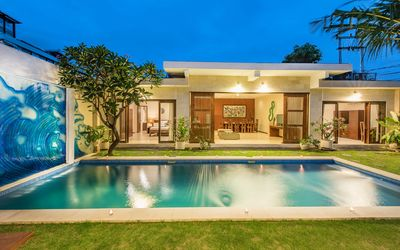 Photo for 3 BR VILLA 10 MINUTE FROM SEMINYAK BEACH