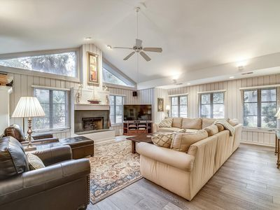 Photo for 4 bedroom, 4 bath home located in the beautiful, gated community of Sea Pines!