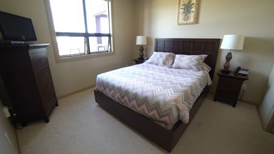 Photo for 5th Floor Lake View 1 Bedroom plus Den (Unit 512)
