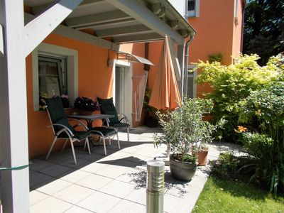 Photo for 2 comfortable apartments in the green on the Elbe with terrace, sep. entrance