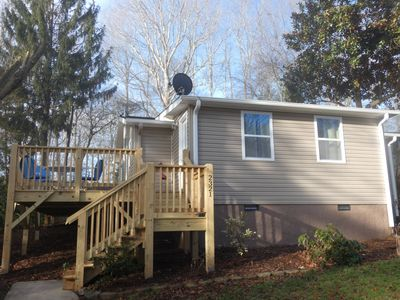 """Photo for BRAND NEW LISTING - Your """"Happy Place"""".... 2 miles from town."""