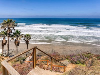 Relaxing Oceanfront Retreat W/ Jacuzzi And Private Steps To Beach