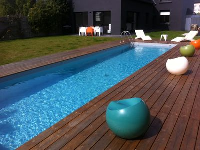 Photo for Luxury villa with pool / 380m2 / 30m from the beach