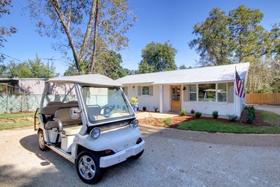 102 N. Bancroft with Available C-Zone Cart!