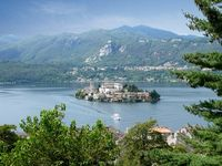Fabulous apartment in the centre of quaint old world town on the side of Lago D' Orta.