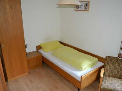 Photo for Single room with WC and shower / bath - Guesthouse Tagescafe Eckenfels