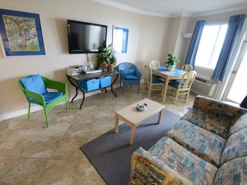 Charming Ocean-View Condo: Perfect Get-away! 25% off During Construction