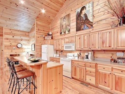Photo for Large, Spacious, Relaxing 4 Bedroom 4.5 Bath Pigeon Forge Tennessee Cabin