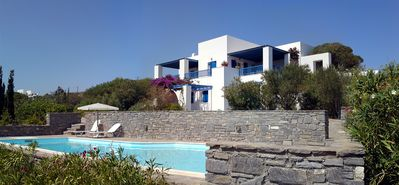 Photo for Classic Cycladic Villa