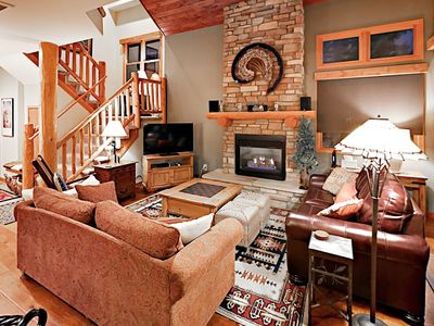 Photo for End-Unit 3BR Townhome w/ Pool & Hot Tub - 1 Mile to Slopes on Free Shuttle