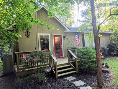 3 BR/2 BA Luxury Cabin -Close To The Lake!