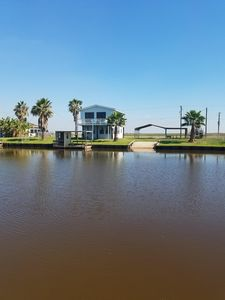 CASA AZUL - double lot, private boat ramp, minutes from ICW, 1 mile from beach