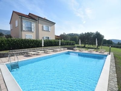 Photo for 3 bedroom Apartment, sleeps 8 with Pool, FREE WiFi and Walk to Shops