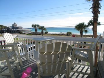 Sand Pebbles, Destin, FL, USA