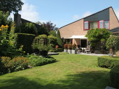 Photo for Charming, semi-detached residence for families of up to 7 people, near Alkmaar