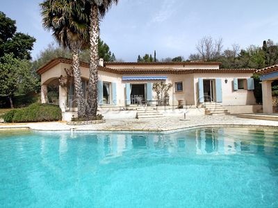 Photo for 4 bedroom Villa, sleeps 8 in Montauroux with Pool