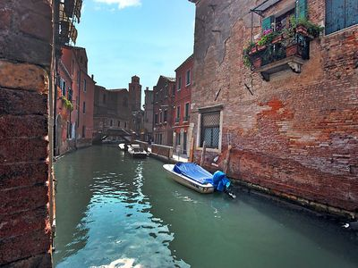 Photo for Apartment in the center of Venice with Internet, Washing machine, Air conditioning, Balcony (116305)