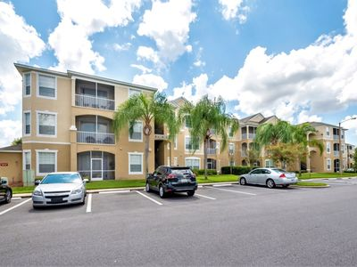Photo for Windsor Palms 3 Bed condo 2 Minutes Walk To Clubhouse