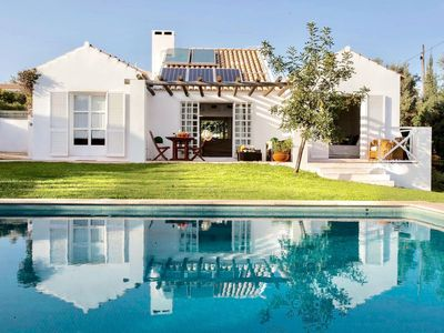 Photo for Homely Algarve villa with private pool and garden in exclusive area near Guia.