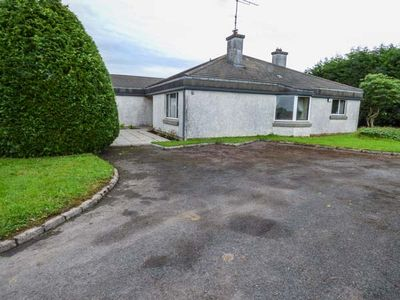 Photo for 3BR Cottage Vacation Rental in Ballaghaderreen
