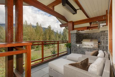 Main Floor Balcony with Barbecue and Heater