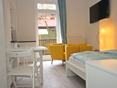 Photo for Apartment Glasmalerei in Innsbruck - 2 persons, 1 bedrooms