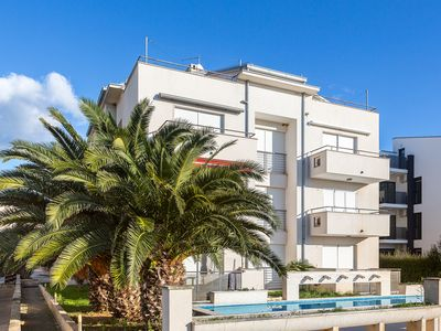 Photo for Apartment Ewa with pool in Medulin