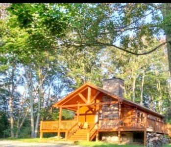 Photo for 2 BR Cabin with Hot Tub, Deck, Fire Pl - In mountains at Lodges at Eagles Nest