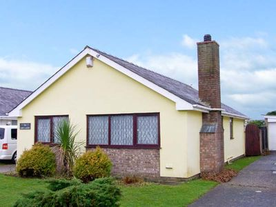 Photo for CEFN-Y-GADER, pet friendly, with a garden in Morfa Bychan, Ref 30339
