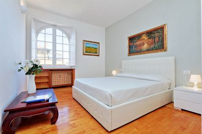 Rome Vacation Rental near Colosseum - Bedroom #1 with King bed