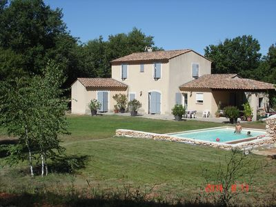 Photo for Villa with swimming pool in the heart of Provence ideal for 2 families with children