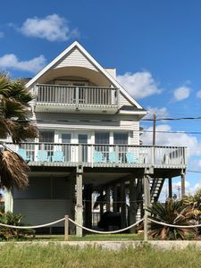 Recently Updated 2nd Row Beach House!!! 3BR, Walk to the Beach!!
