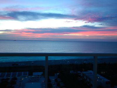 Photo for 14th flr beachfront condo, large 1 bedroom direct ocean view