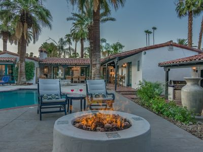 The Lucy House - 5BR/5BA Hacienda Spanish Style Home -Downtown Palm Springs