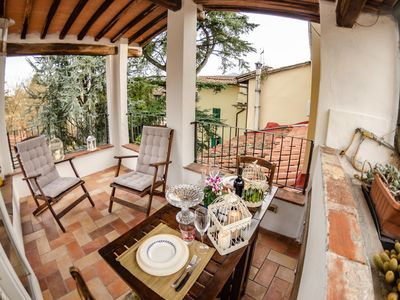 Photo for Nice apartment for 4 people with A/C, WIFI, TV, terrace and panoramic view, close to Pisa