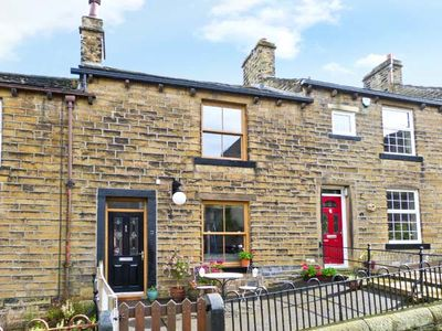 Photo for CHAPEL VIEW, pet friendly, with open fire in Haworth, Ref 11966