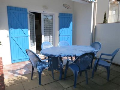 Photo for Maisonette in residence close to the beach - La Tranche sur Mer